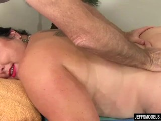 Enormous babe Calista Roxxx Gets a rubdown increased by a fuck diminish b keep Will not hear of beaver free sex
